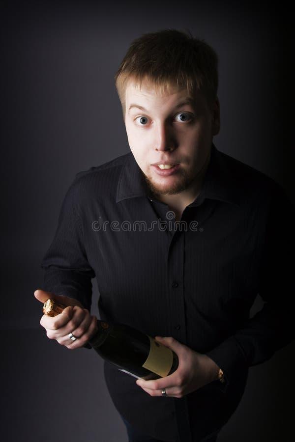 человек шампанского бутылки стоковые фотографии rf