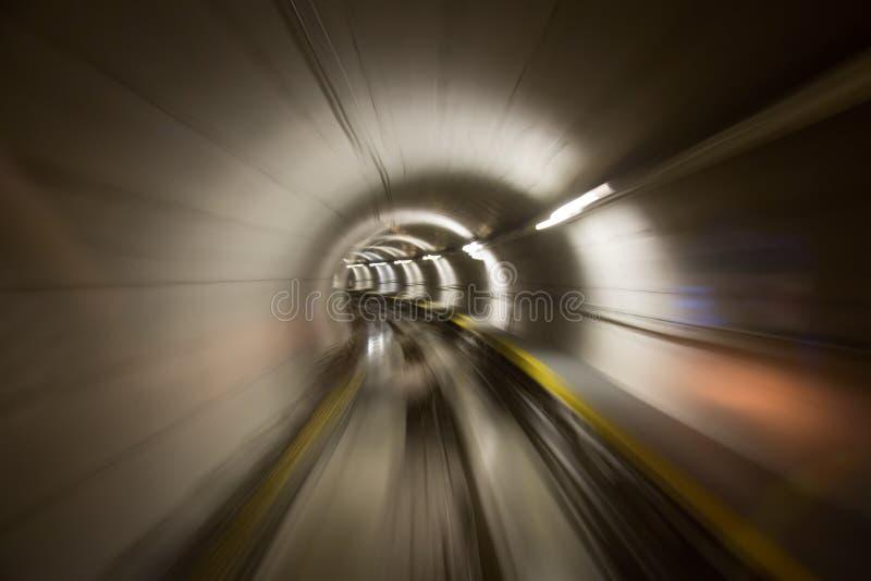 Через тоннель стоковое изображение rf