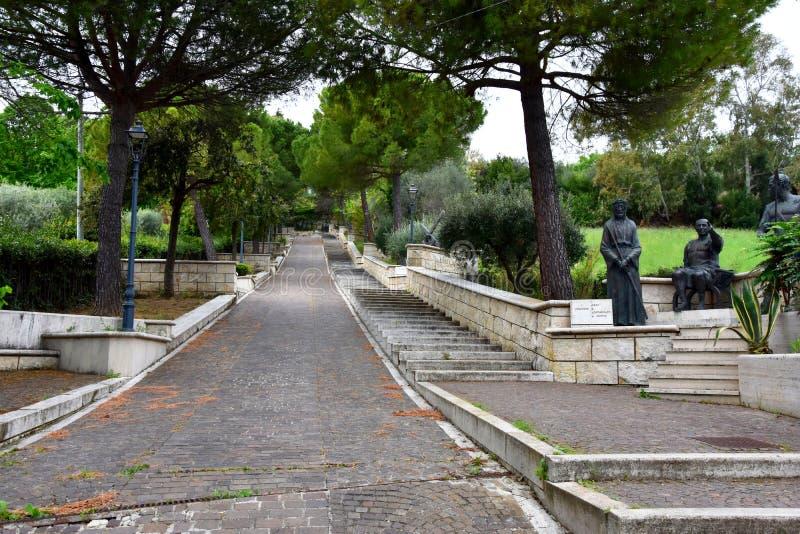 Через bartolino или через crucis в Giulianova стоковые фотографии rf
