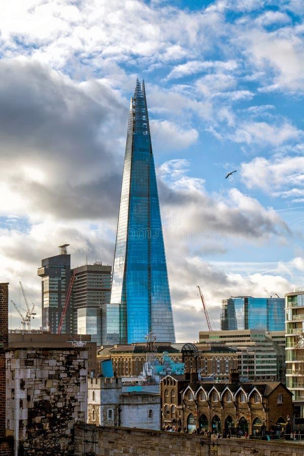Черепок в городе Лондона стоковые фото