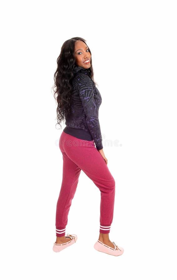 Черная девушка в розовых колготках стоковые изображения rf