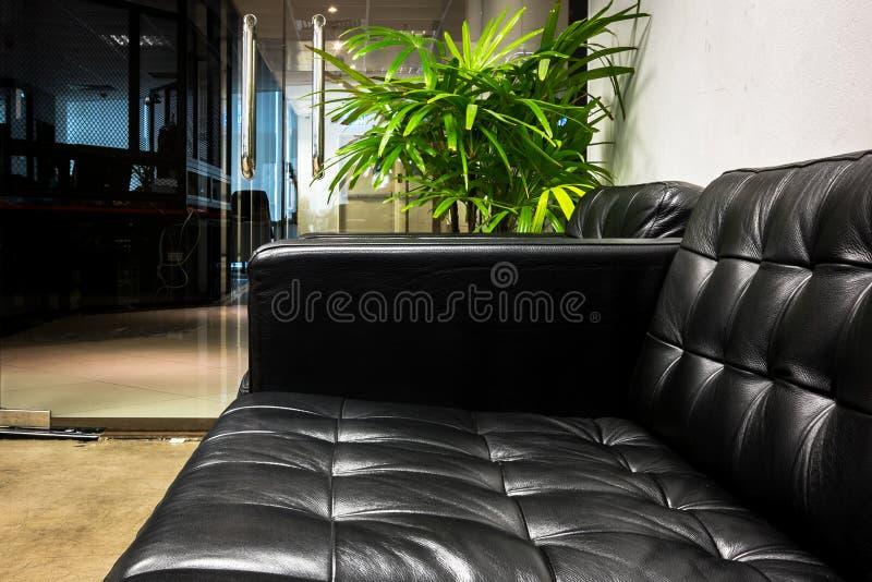 черная софа стоковое фото