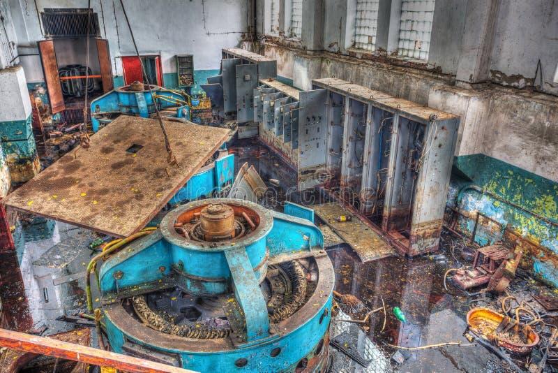 Чернобыльская катастрофа, один из механизмов промышленного здания стоковые изображения rf