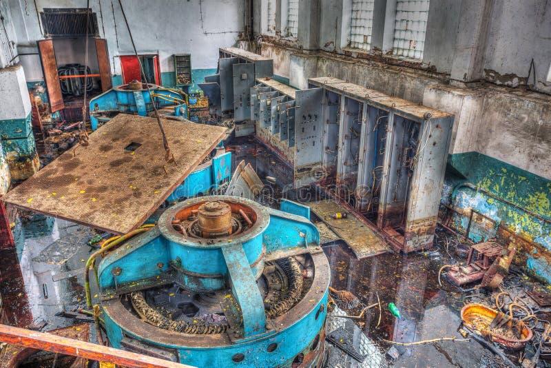 Чернобыльская катастрофа, один из механизмов промышленного здания стоковая фотография rf