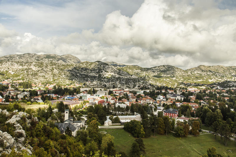 Черногория Панорама городка Cetinje стоковые изображения rf