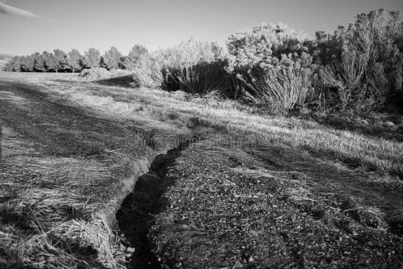 Черно-белый Crevice ландшафта стоковое фото rf
