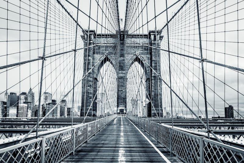 Черно-белый Бруклинский мост стоковые изображения rf