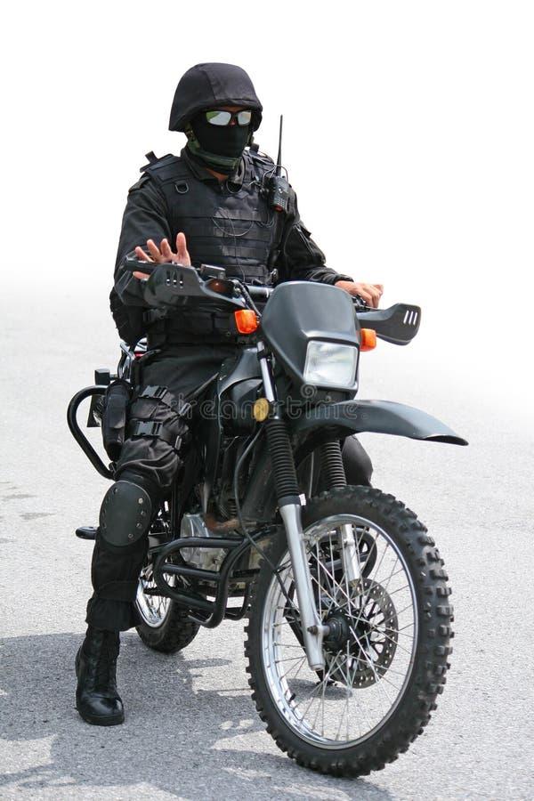 Черные воин и мотоцикл стоковые фото