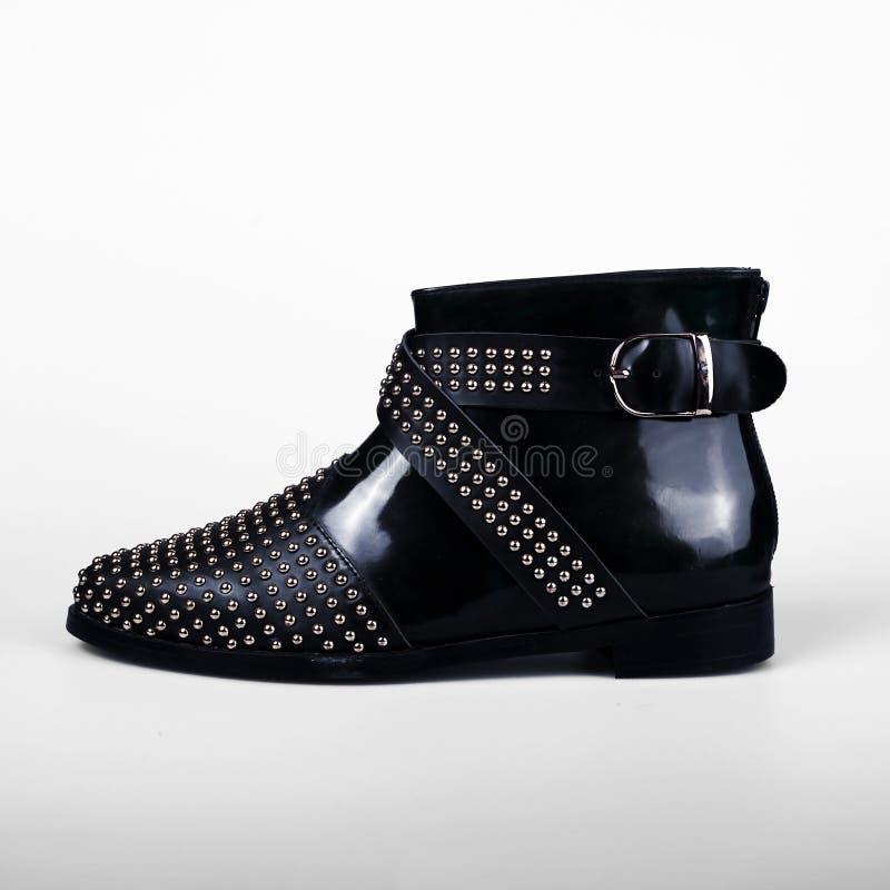 черные женские ботинки стоковые изображения rf