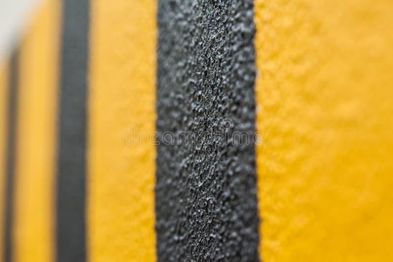Черные и желтые линии стоковые фотографии rf