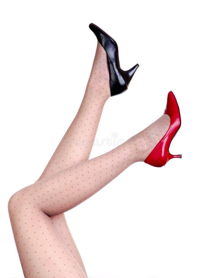 черные красные ботинки стоковые изображения