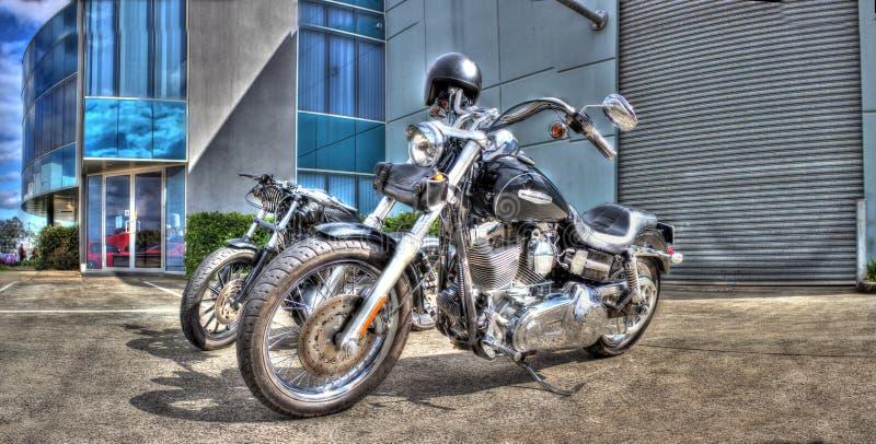 Черные мотоциклы Harley Davidson стоковые изображения rf