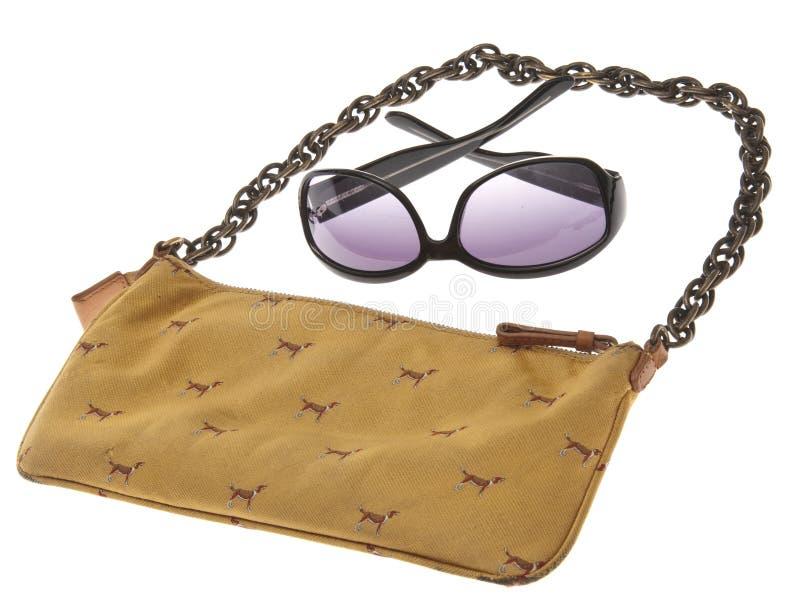 черные солнечные очки повелительниц сумки стоковые изображения rf