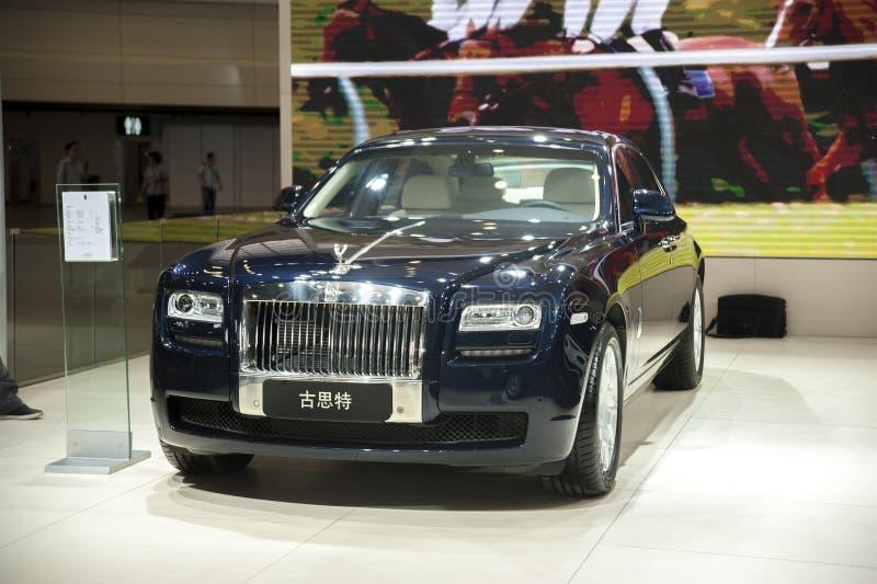 Черный автомобиль gusteau Rolls Royce стоковое фото