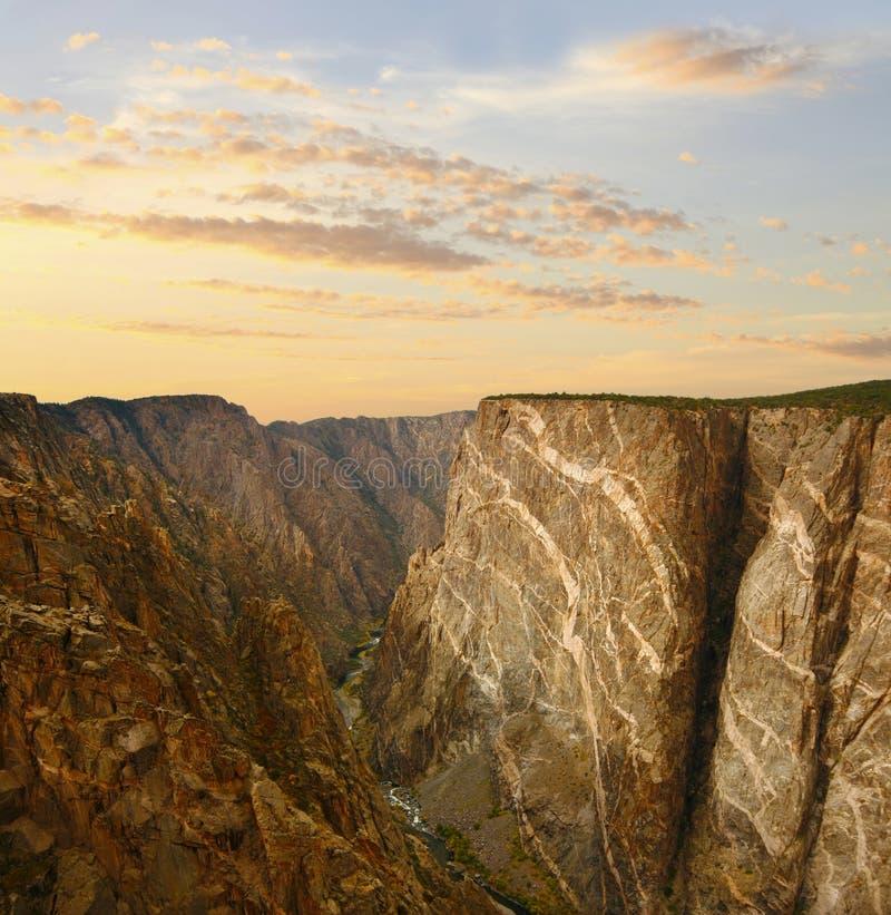 Черный каньон Gunnison на заходе солнца стоковые фотографии rf