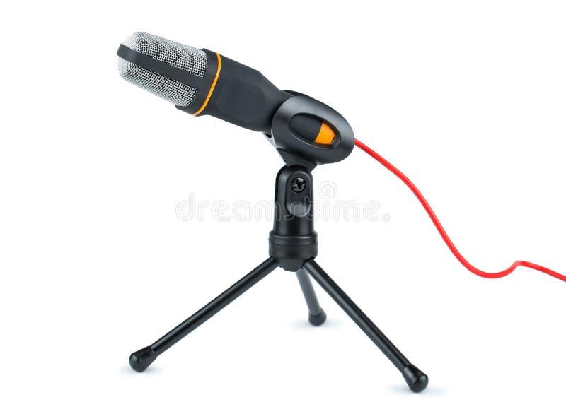 Черный микрофон с красным проводом стоковое изображение