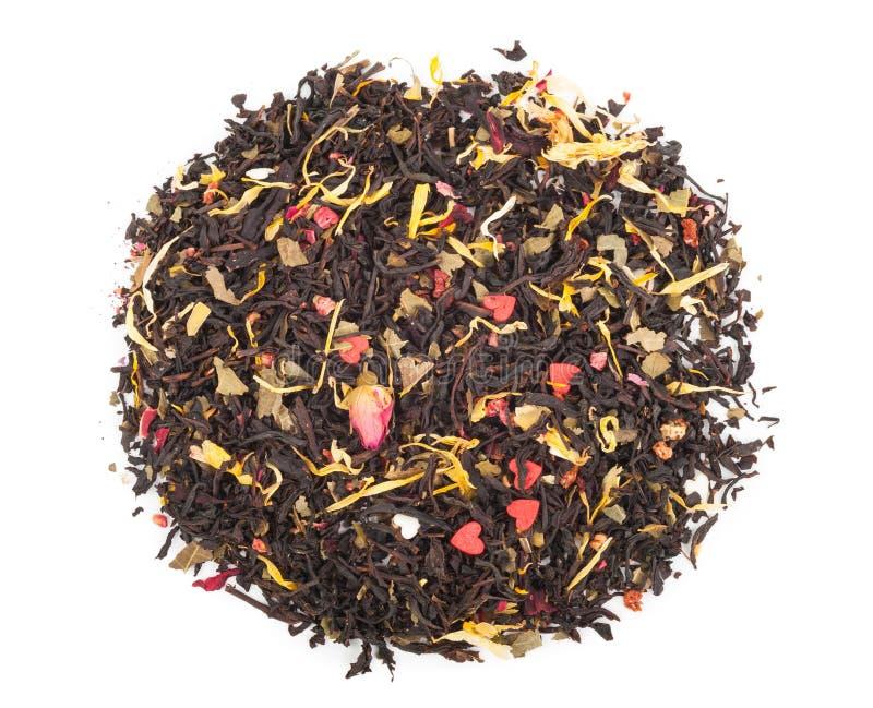 Download Черный сухой чай с плодоовощами и лепестками Стоковое Изображение - изображение насчитывающей наслаждение, свободно: 81809141