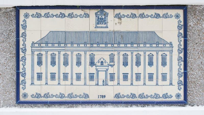 Чертеж искусства на керамической стене внутри гражданской и муниципальной конторы дел (IACM) - лояльного Senado в a 1789 d стоковые изображения