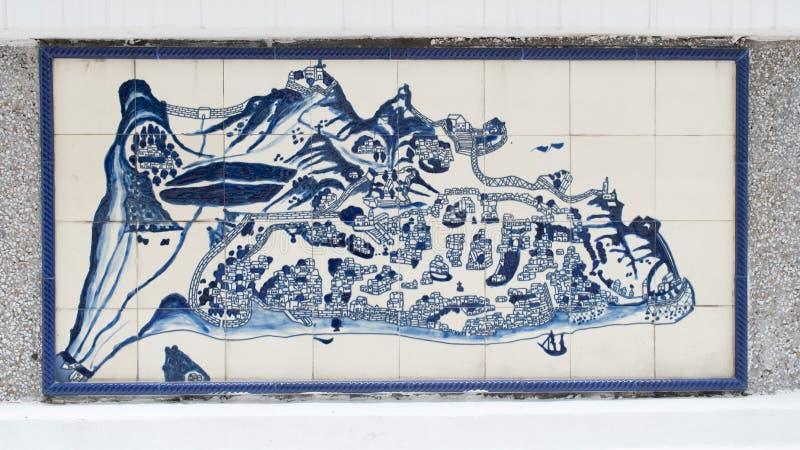 Чертеж искусства на керамической стене внутри гражданской и муниципальной конторы дел (IACM) - лояльного Senado в a 1999 d стоковое изображение