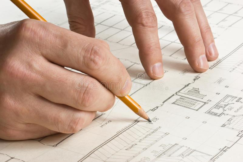 чертеж рисует карандаш руки стоковые фото