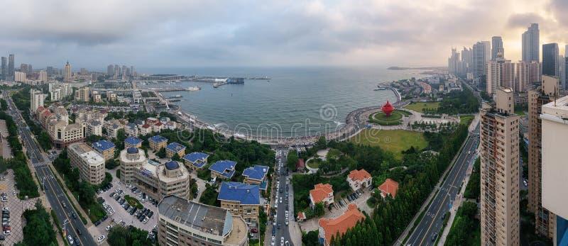 Четвертом -го квадрат в мае в Qingdao, Китае стоковая фотография rf