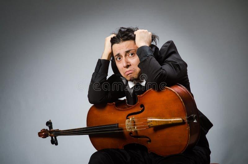 Человек в музыкальной концепции искусства стоковая фотография rf