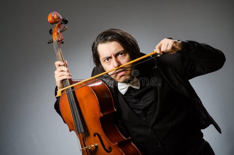 Человек в музыкальной концепции искусства стоковое фото rf