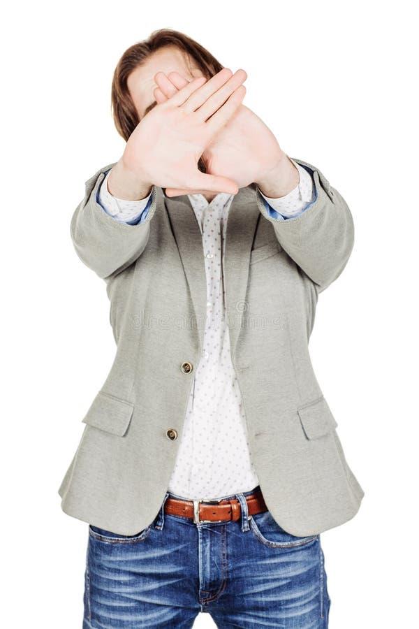 Человек делая знак стопа с рукой концепция эмоций и людей стоковые фото