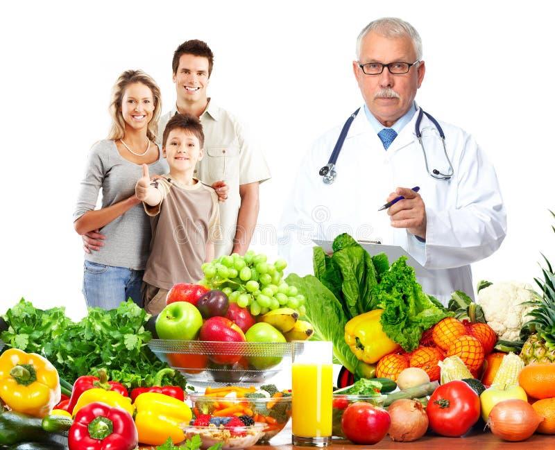 Человек и семья доктора стоковое фото rf