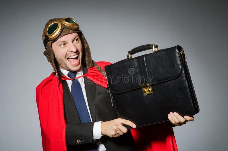 Человек нося красную одежду стоковое изображение rf