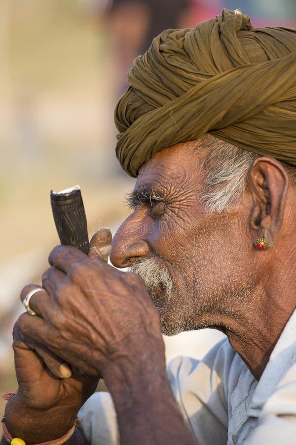 Download Человек портрета индийский в Pushkar Индия Редакционное Фото - изображение: 71001741