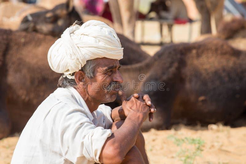 Download Человек портрета индийский, Pushkar Индия Редакционное Стоковое Изображение - изображение: 74084149
