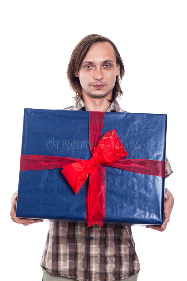 Человек с большой коробкой подарка стоковые изображения rf