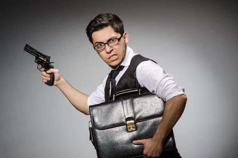 Человек с оружием стоковая фотография