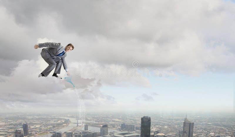 Download Человек с чонсервной банкой Стоковое Изображение - изображение насчитывающей banister, амазонкы: 41650113
