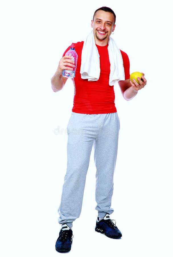 Человек фитнеса сразу после разминки стоковые фотографии rf