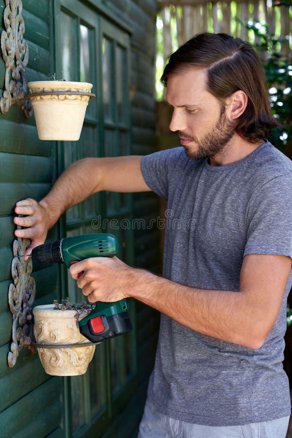 Человек DIY стоковое фото