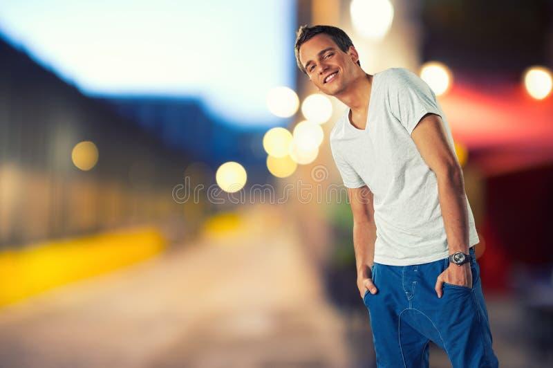 Человек outdoors стоковая фотография rf