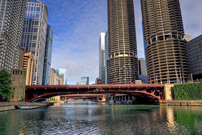 Чикаго, Иллинойс и Река Чикаго стоковое изображение rf