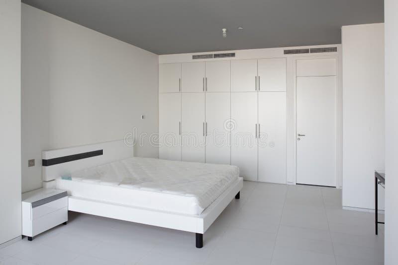 Чистая комната в европейском стиле стоковое изображение rf
