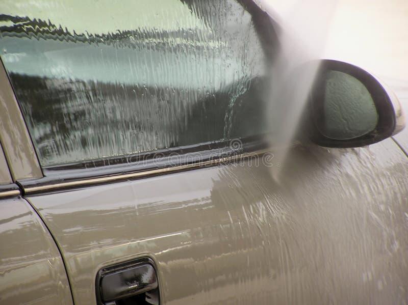 чистка автомобиля стоковое изображение rf