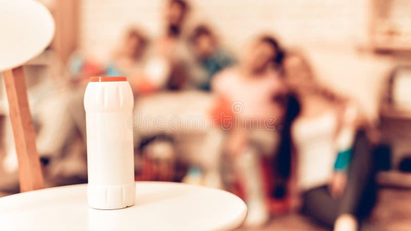 Чистка семьи фокуса стирального порошка мягкая стоковое фото