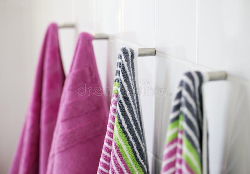 чистые полотенца стоковые изображения rf