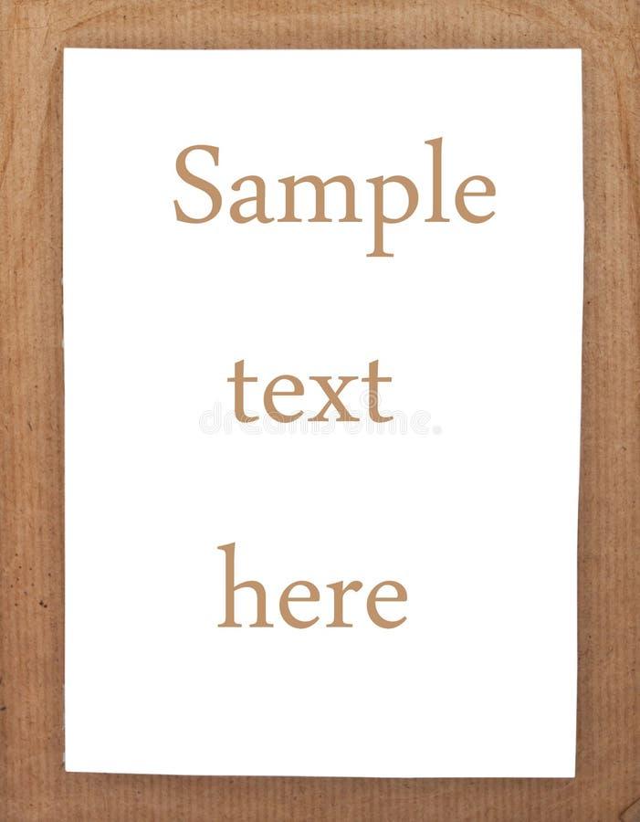 Чистый лист бумаги на предпосылке карточной платы стоковые фотографии rf