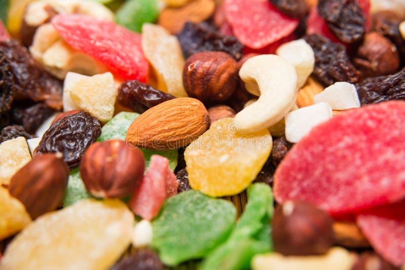 Чокнутые и высушенные плодоовощи стоковое фото rf