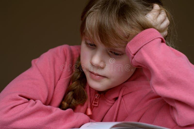 Download чтение 6 книг стоковое изображение. изображение насчитывающей девушка - 486045