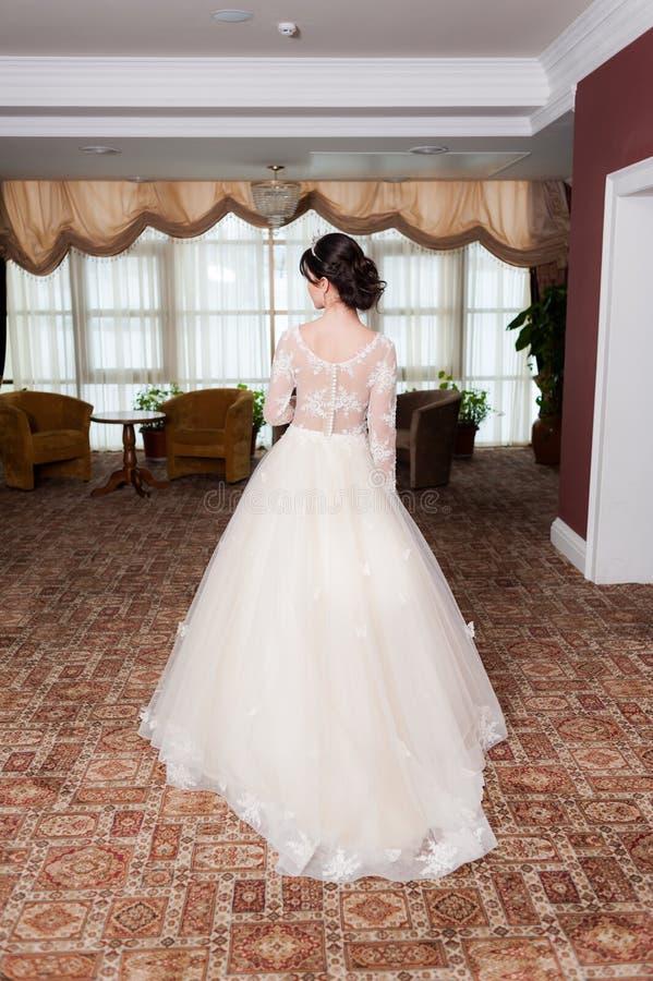 Чувственный портрет красивой невесты стоковые фотографии rf
