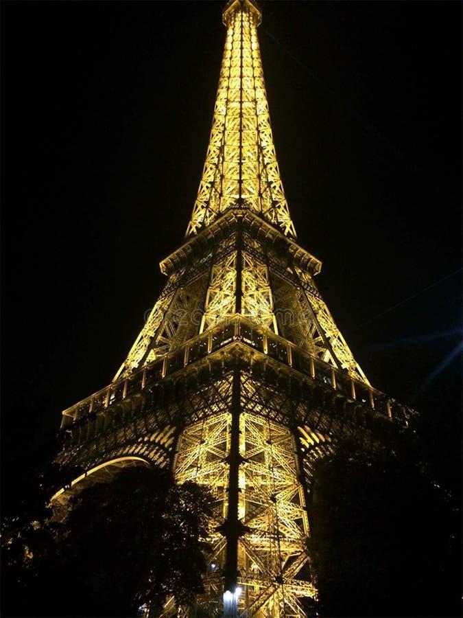 Чудесная ноча Париж Eiffel башни стоковые изображения rf
