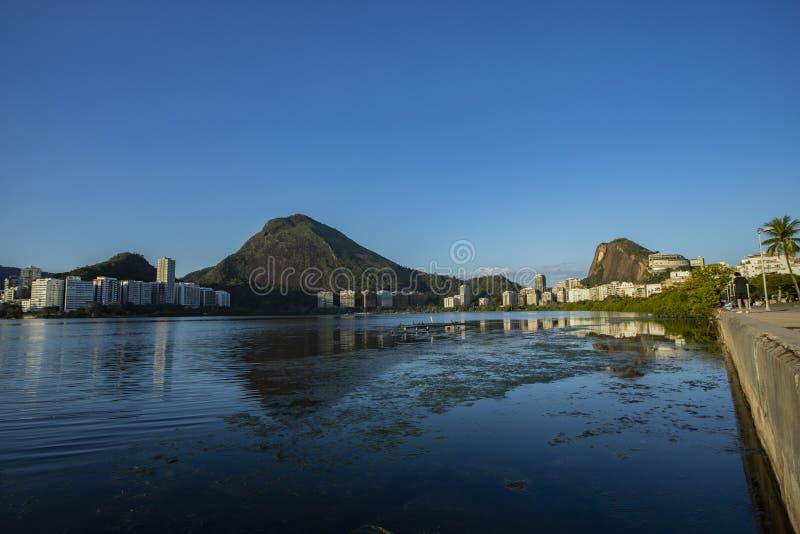Чудесные места в мире Лагуна и район Ipanema в Рио-де-Жанейро, Бразилии стоковое фото rf