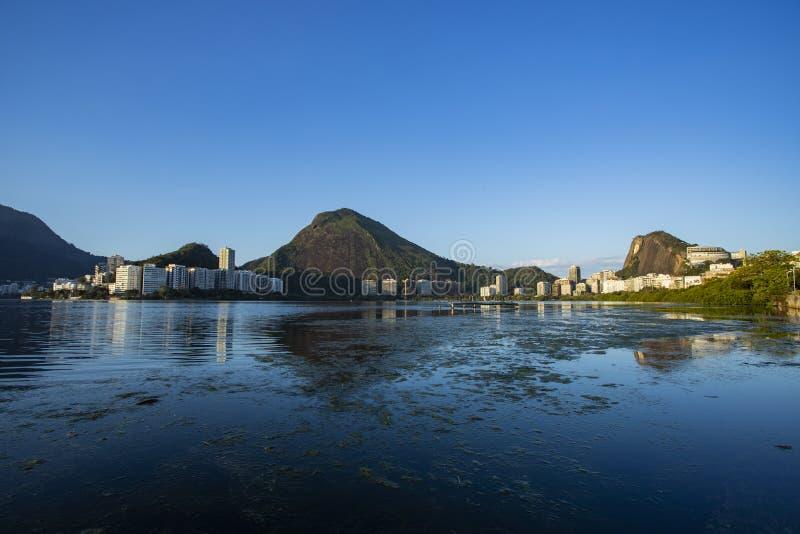 Чудесные места в мире Лагуна и район Ipanema в Рио-де-Жанейро, Бразилии стоковые изображения rf
